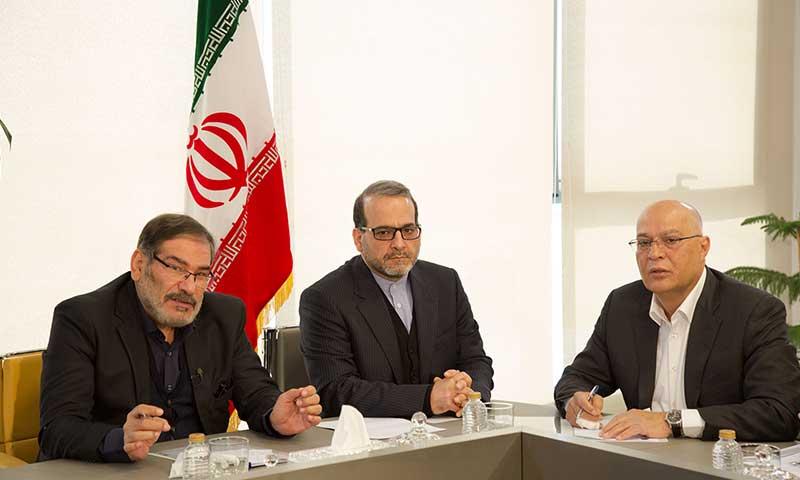 نشست صمیمی دبیر شورای عالی امنیت ملی