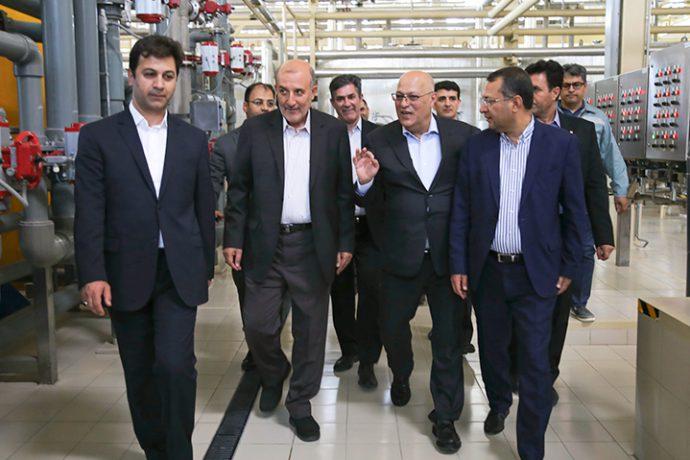 بازدید رئیس کمسیون کشاورزی مجلس شورای اسلامی از ابرپروژه زر